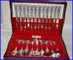 1847 Rogers Bros. Vintage Grape pattern Silverplate Set, 83 pieces, case incl