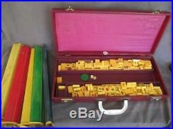 S1 Vintage ROYAL Mahjong Set 152 BUTTERSCOTCH Bakelite Tiles 5 Catalin Trays