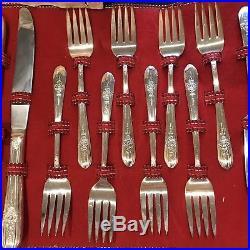 VTG 1940s WM Rogers 50 pc silverplate TRIUMPH silverware flatware set & case/box