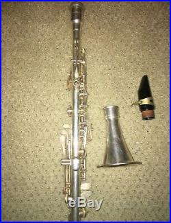 Vintage Silver plate Pedler Elkhart clarinet, woodwind, 10432 original case USA